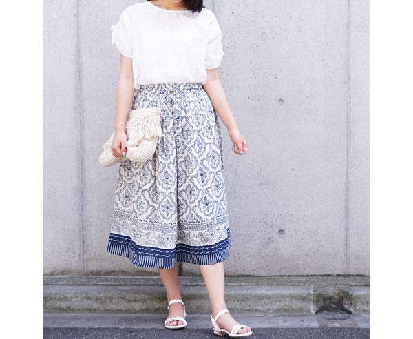40代ミセスファッションの二の腕綺麗魅せコーデ