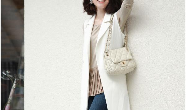 40代ミセスファッションのプリーツコーデ