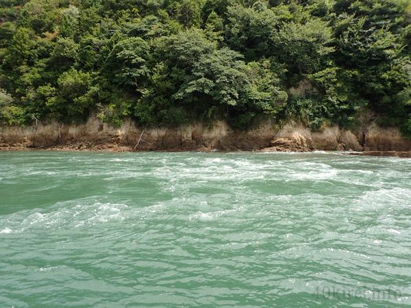 能島周辺の急流