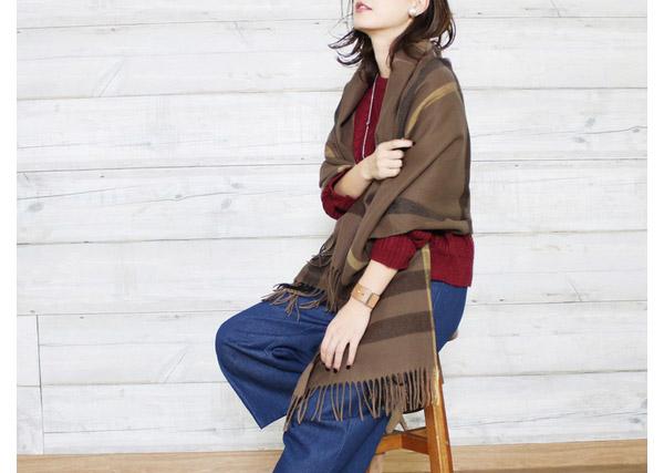 40代ミセスファッションの秋ストール
