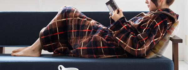 「着る」毛布でほかほか!MOCOA(モコア)で過ごす冬