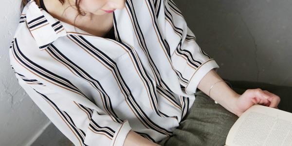 裾タック7分袖スキッパーブラウス
