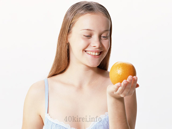 肌老化防止にはビタミンCも効果的